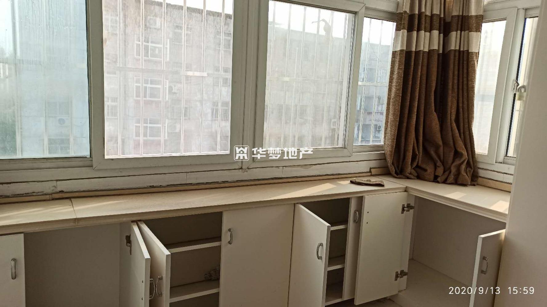胡村供销社东楼(宣坊街从南查第二栋)